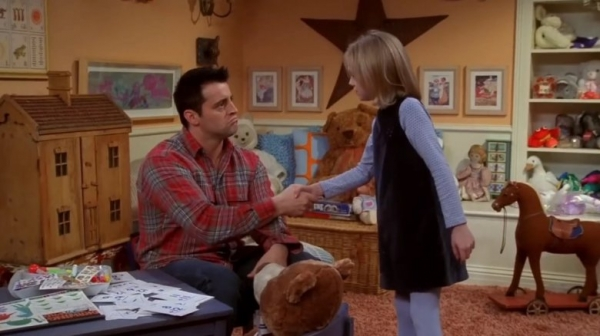 Dakota Fanning on Friends